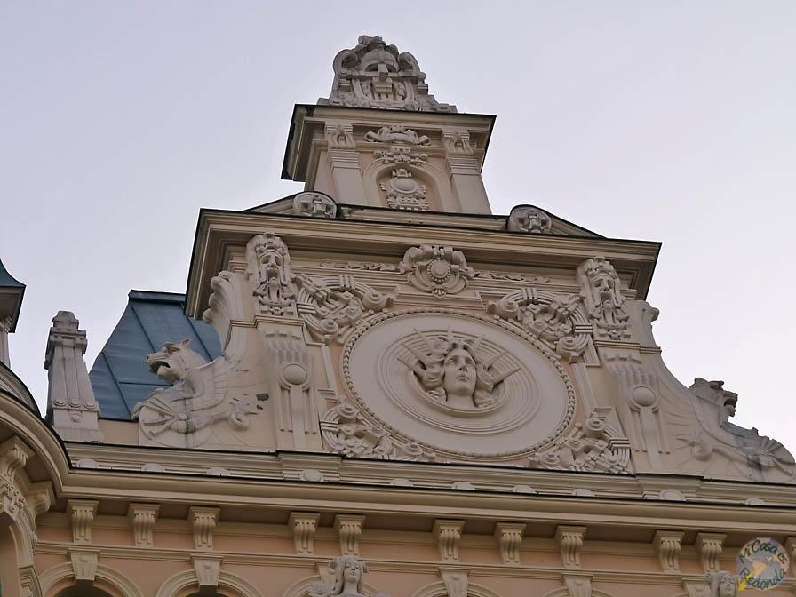 En las calles de Riga hay que mirar para arriba