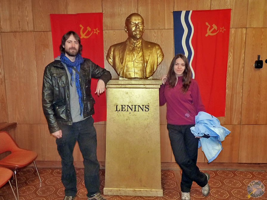 Con el colega Lenin, en el bunker cerca de Ligatne