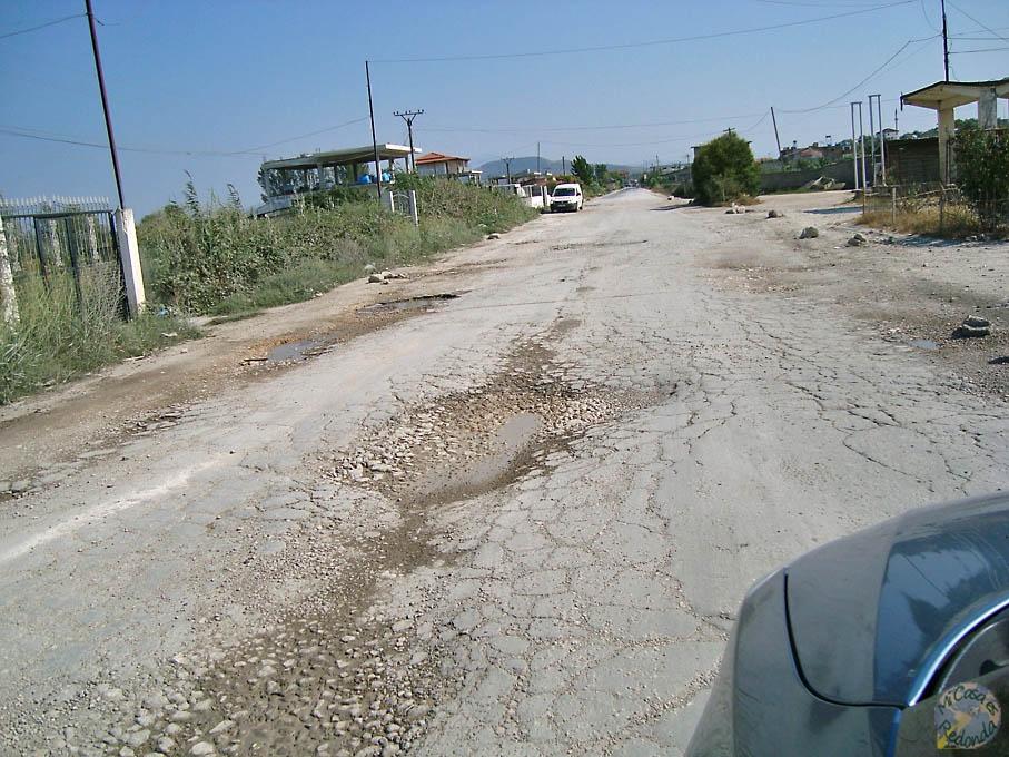 El espectáculo de las carreteras albanas, parte I