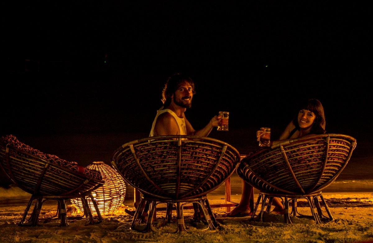 Brindando en la noche, Otres Beach