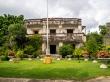 Antigua villa destruida y después reconvertida, Kep