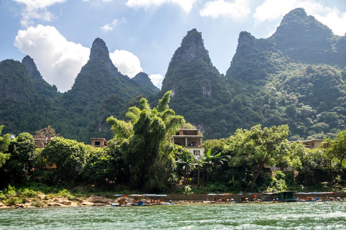 Orillas del río Li