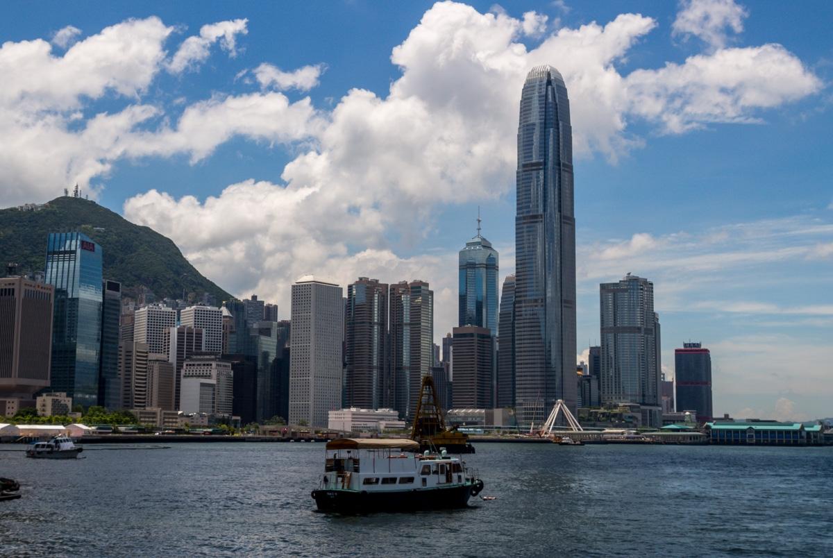 Desafiando al cielo, Hong Kong
