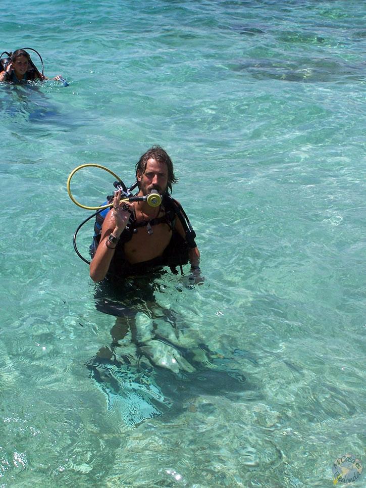 Buceando cerca de Playa Ancón