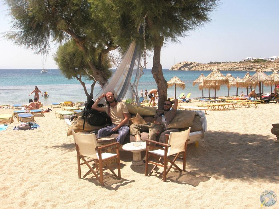 Un sofá en la playa, no puede estar mejor pensado.