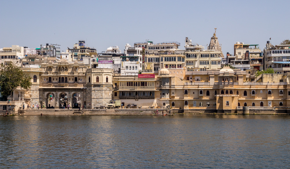 El centro de Udaipur, junto al lago
