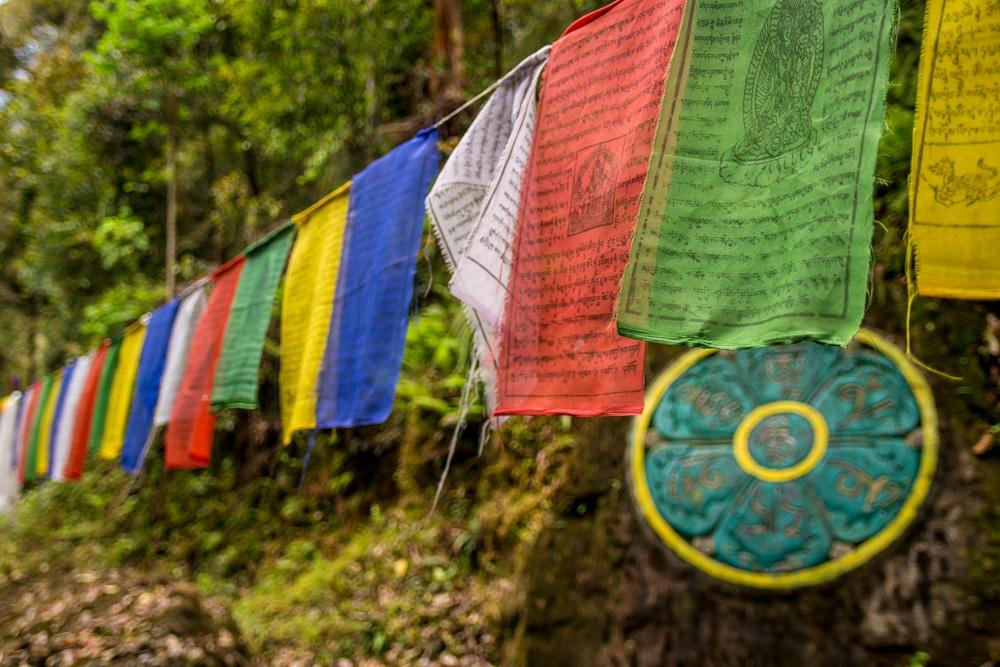 Banderas tibetanas en Sikkim