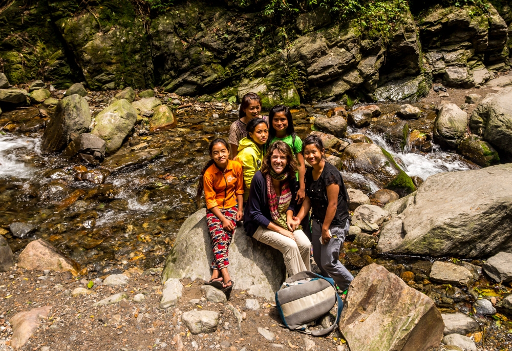 Carol con las chicas locales, Sikkim