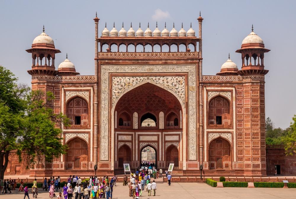 Darwaza, el fuerte de acceso al Taj Mahal, Agra