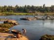 Aseo diario en el río, Hampi