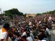 Grada India repleta en la frontera