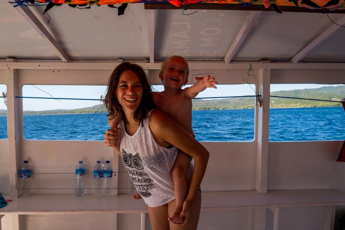 Carol y Lena. Entre Lombok y Flores