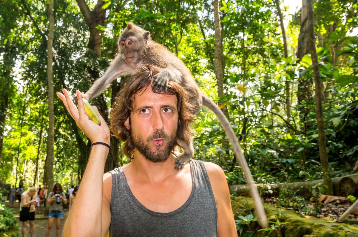 Qué pasa, tengo monos en la cara?