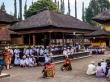 Ceremonia en el templo, Bedugul, Bali