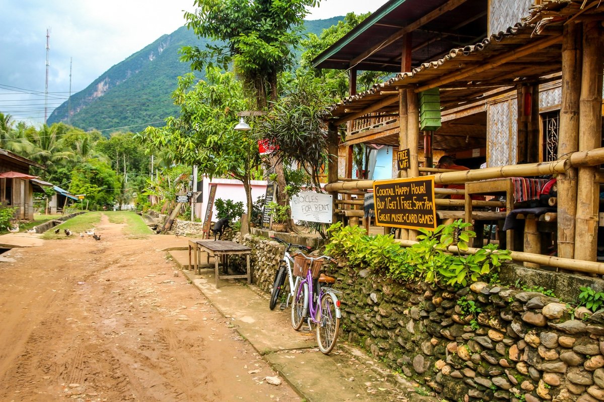 El bar de Muang Ngoi