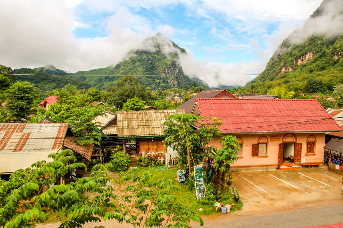 Vistas de Nong Khiaw desde nuestro balcón