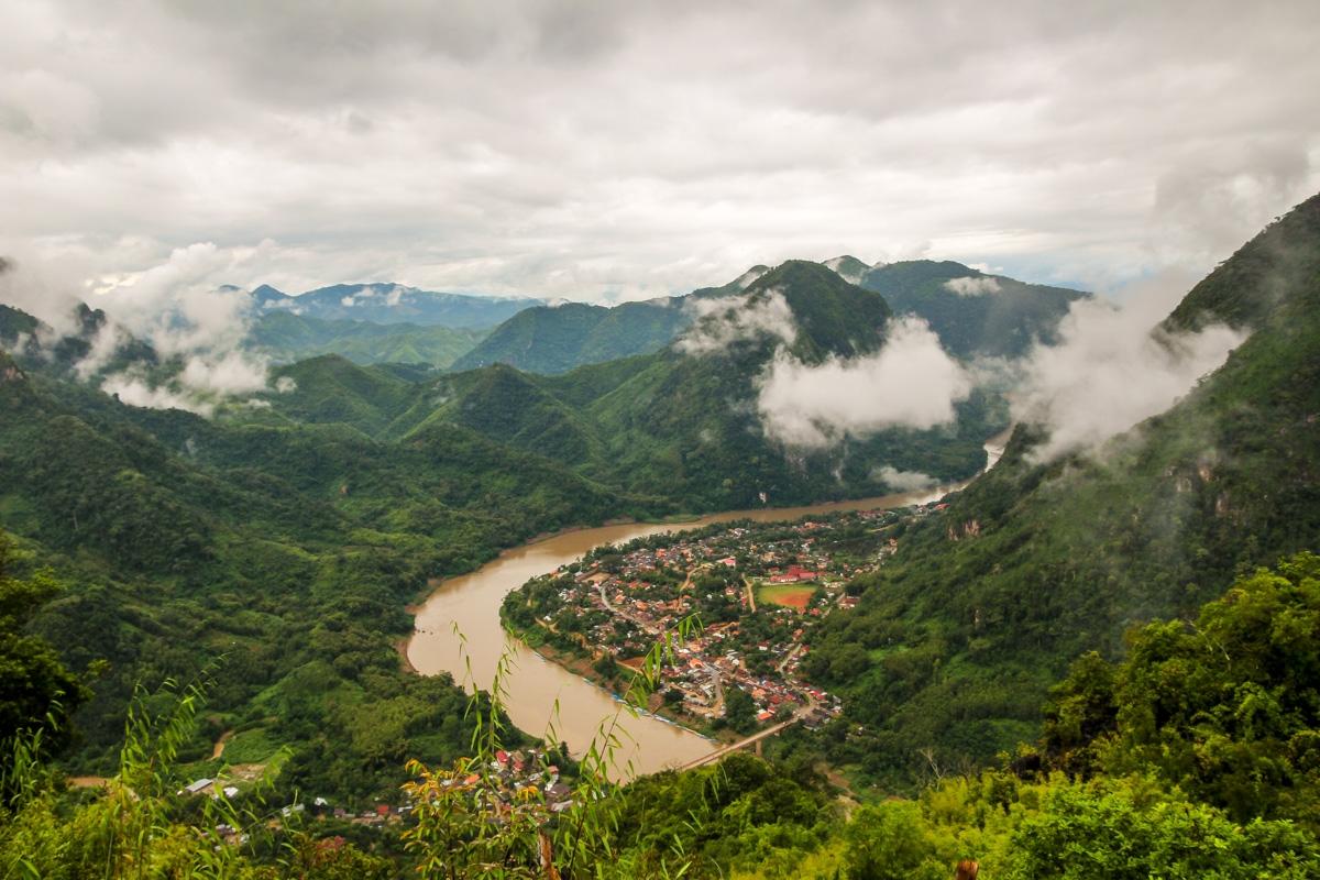 Vistas de Nong Khiaw desde lo alto