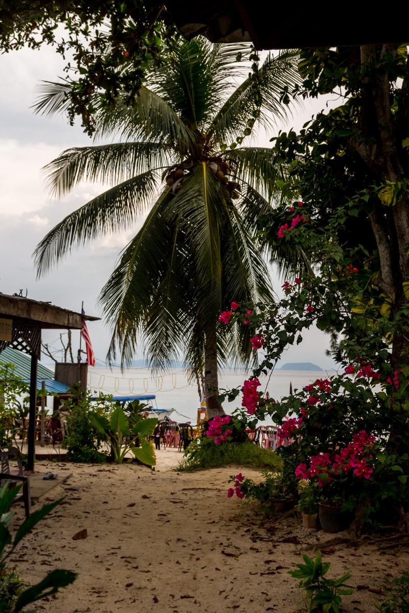 De nuestro bungalow a la playa, Perhentian