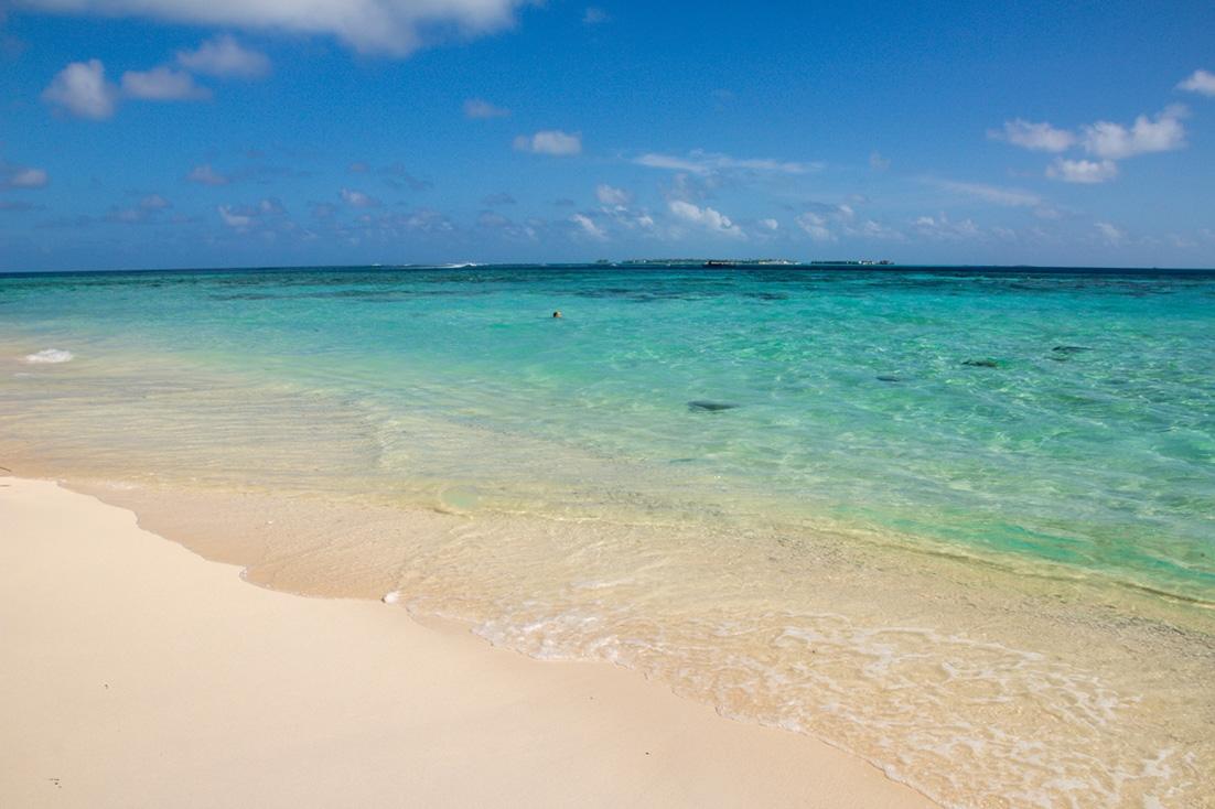 Playa en Guraidhoo, Maldivas