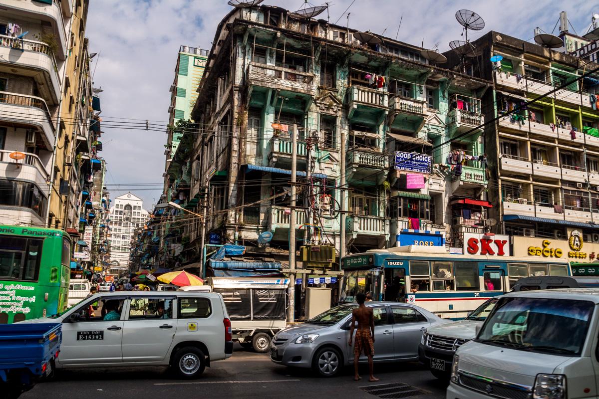 Viviendas recargadas, Yangon