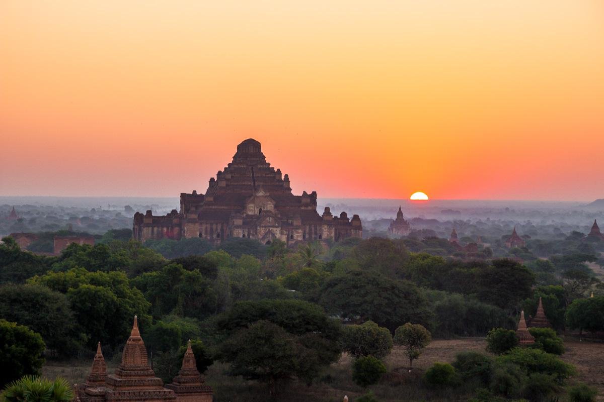 La media naranja asoma en Bagan