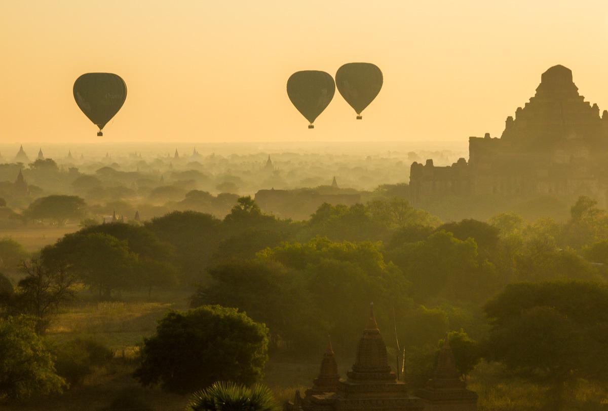 Volando bajo en Bagan