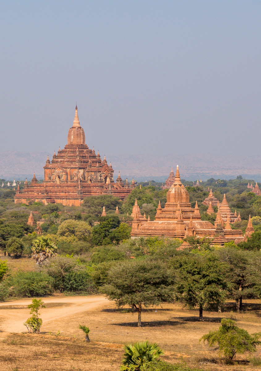 Vistas de Bagan desde los templos