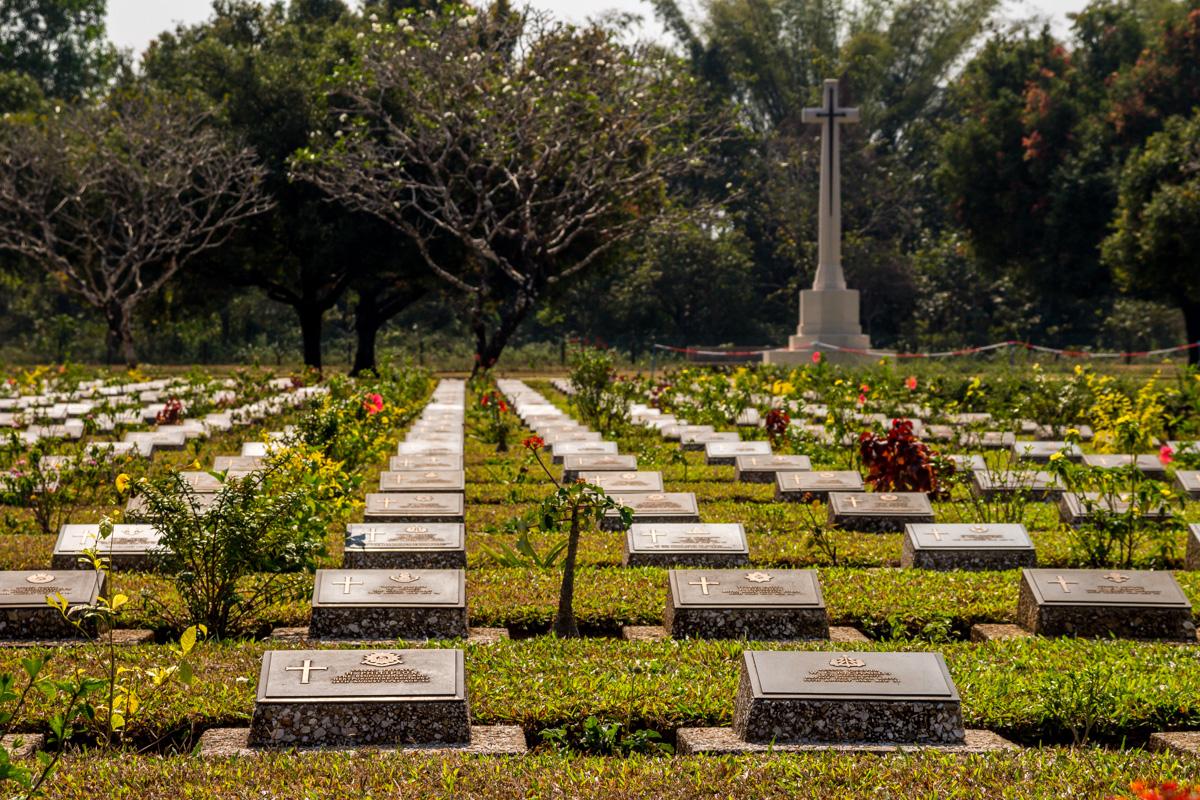 Cementerio de Thanbyuzayat