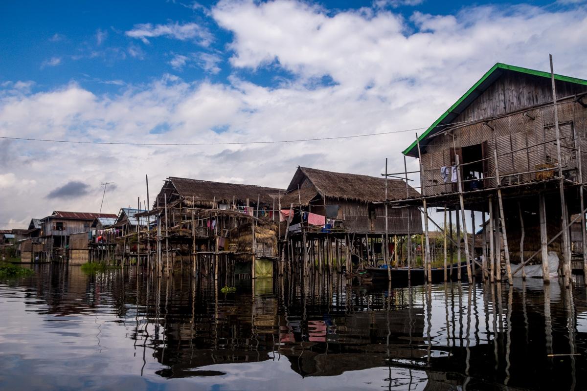Casas en medio del agua