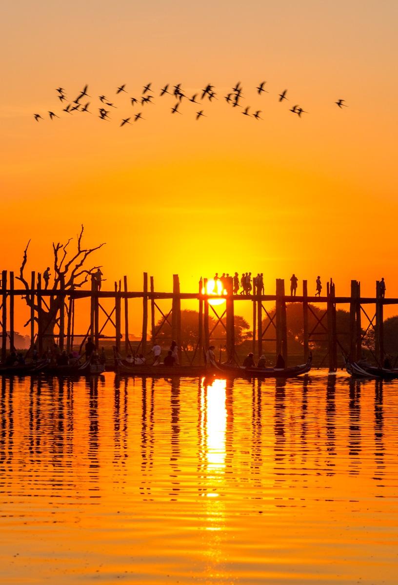 Puesta de sol en Amarapura