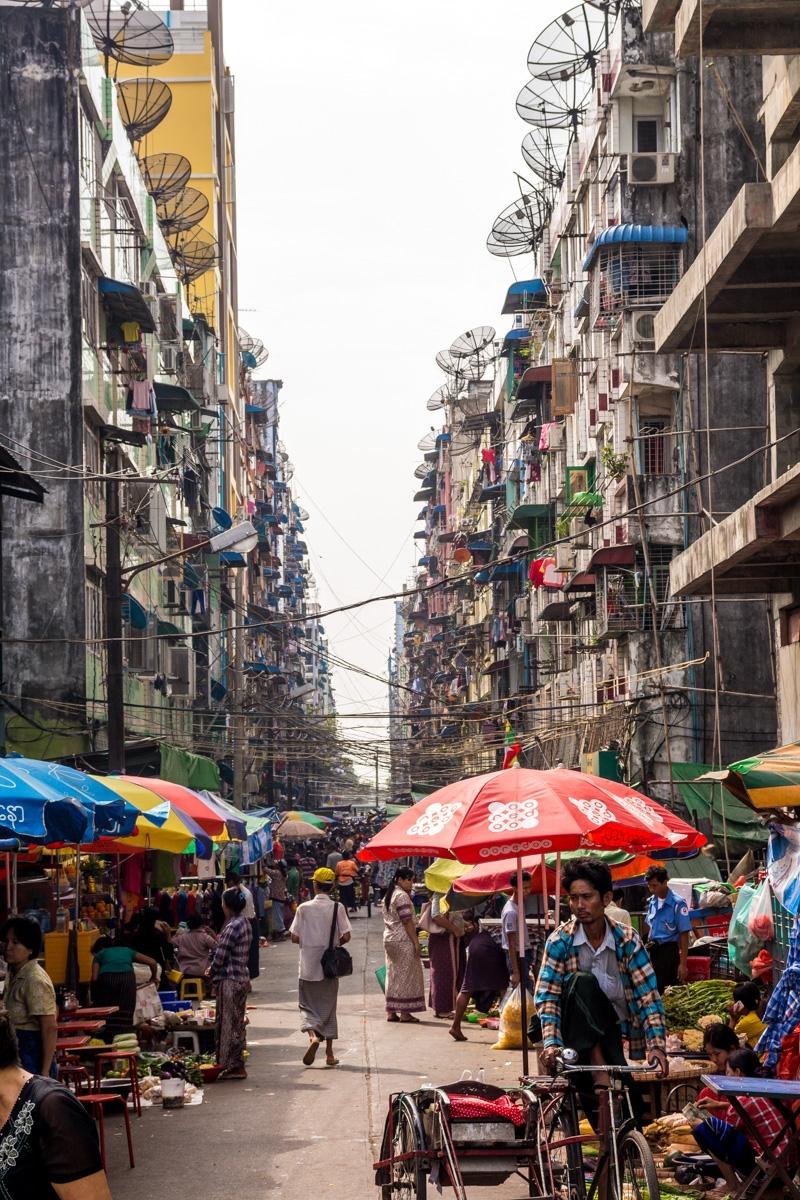 Calles de Yangon