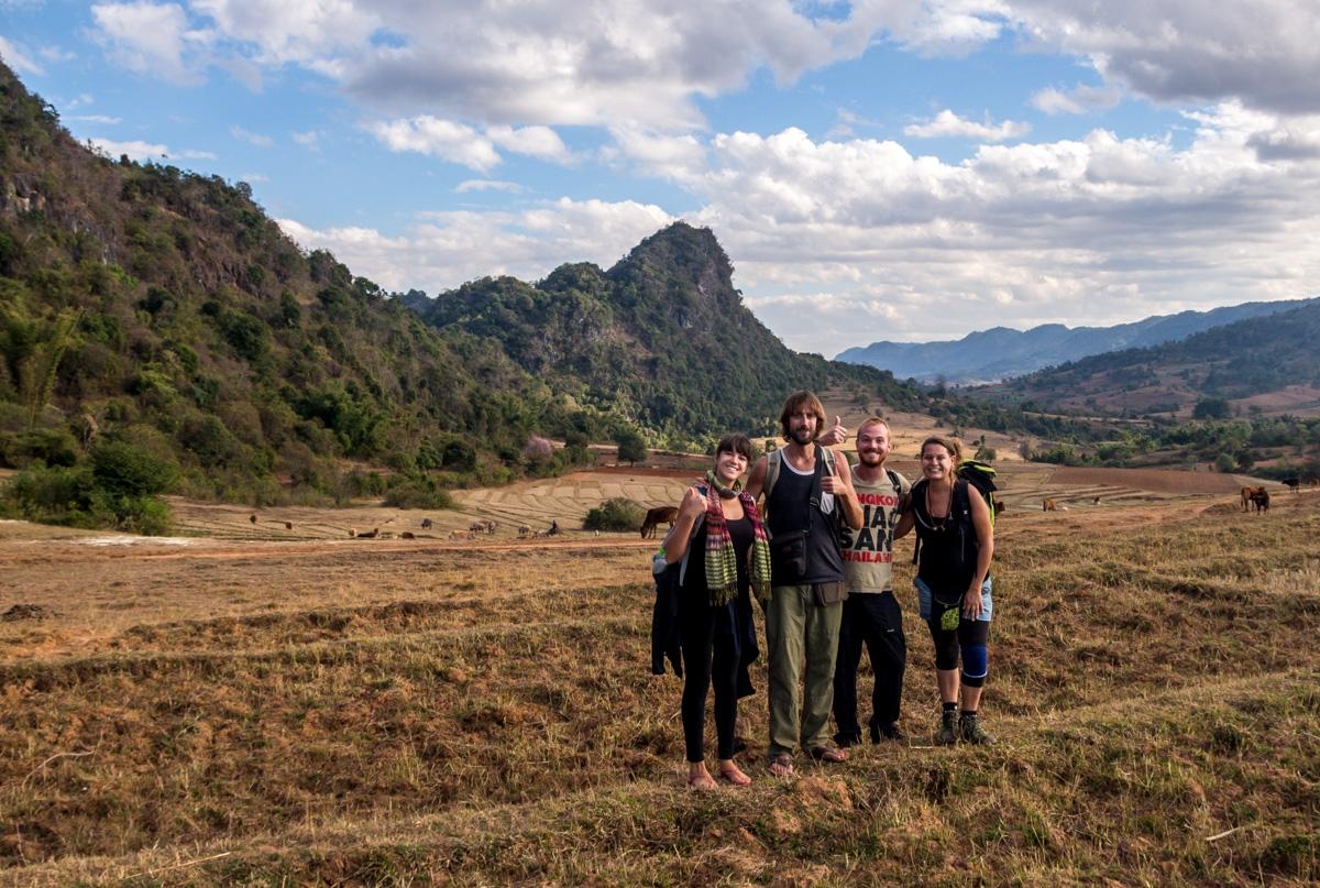 Con Nick y Julie, equipo trekking!