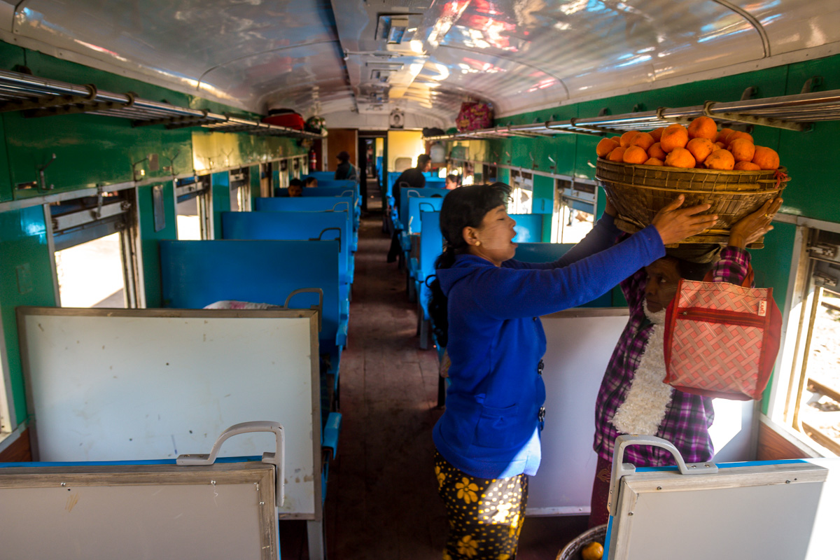 Tren Hsipaw a Mandalay - Ordinary Class