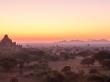 Panorámica del amanecer en Bagan