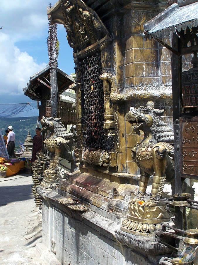 Dragones en los templos