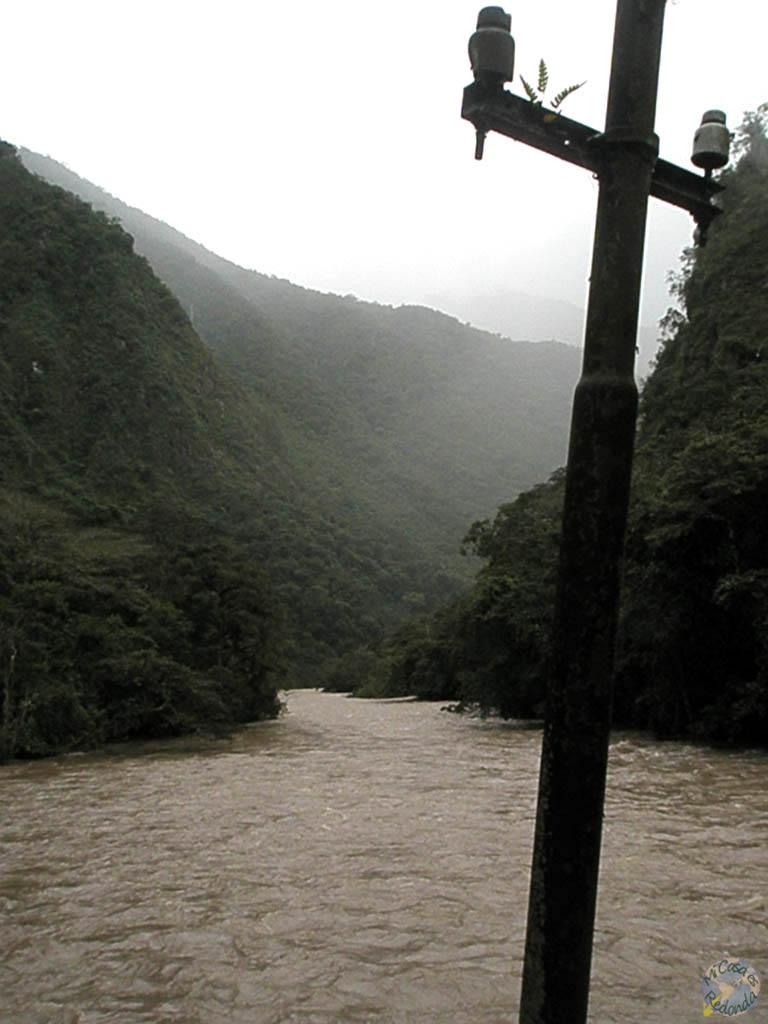 río Urubamba, cerca de Aguas Calientes