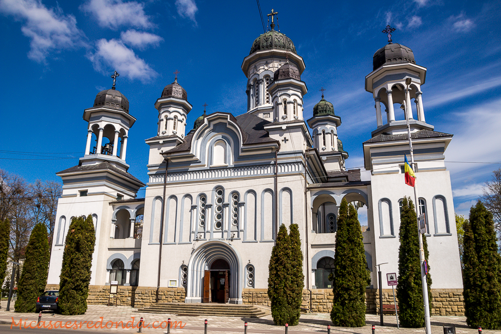 Catedral ortodoxa de Radauti