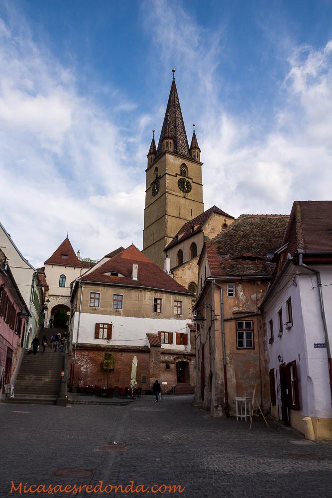 Llegando al casco viejo de Sibiu