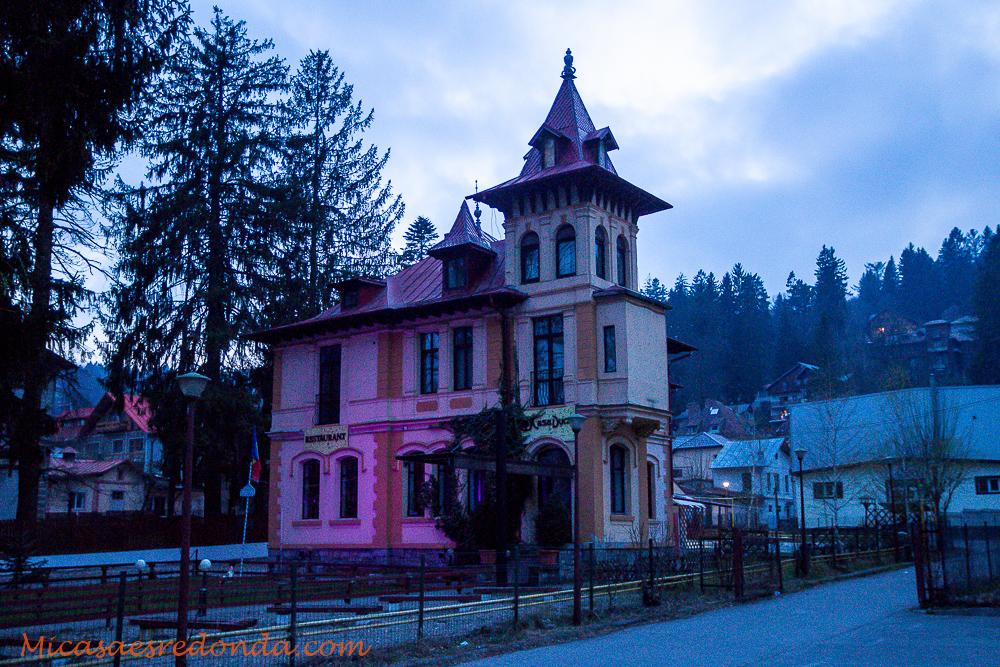 Casas que dan miedo, Sinaia