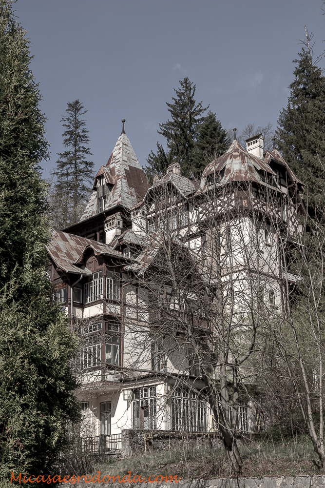 Otra casa en la que no pasaría la noche...
