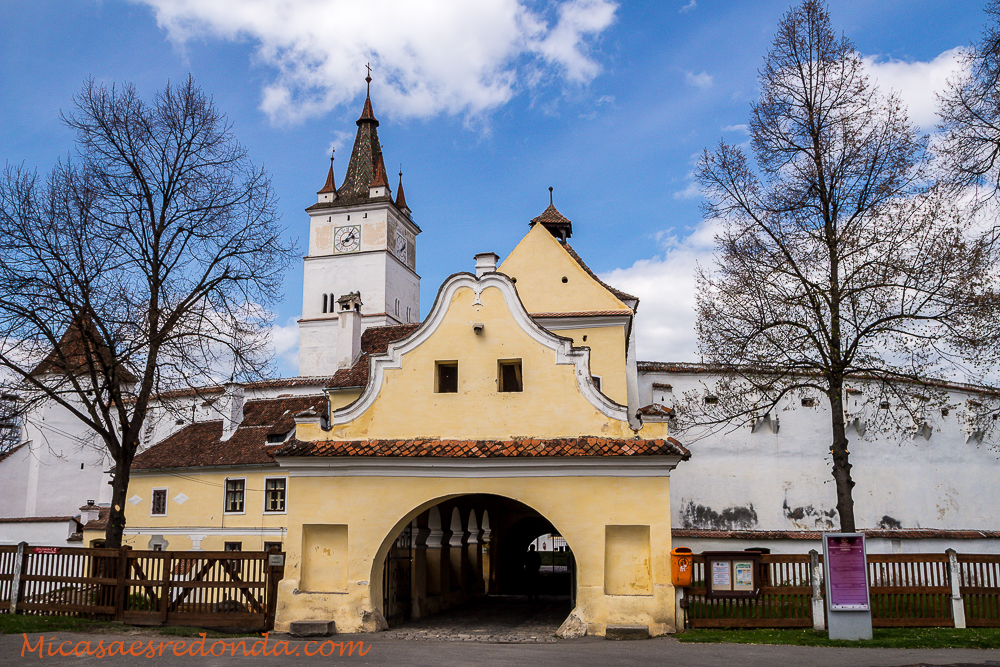 Iglesia fortificada de Harman, Rumanía