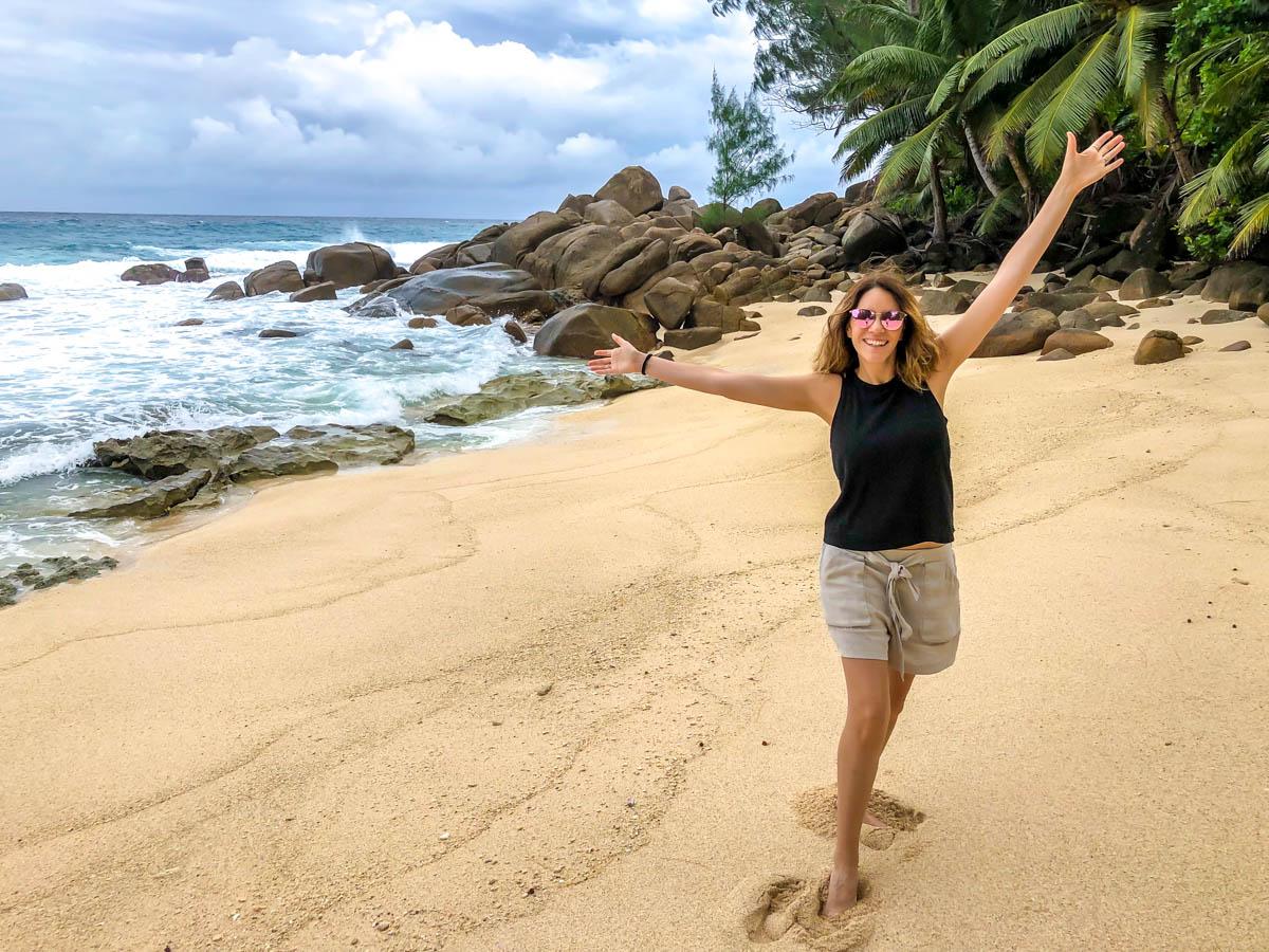 Pisando la arena Seychellois por primera vez