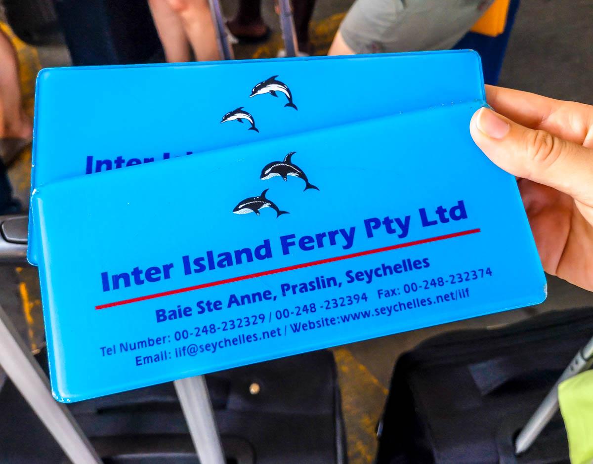Tickets reciclables del ferry de Praslin a La Digue