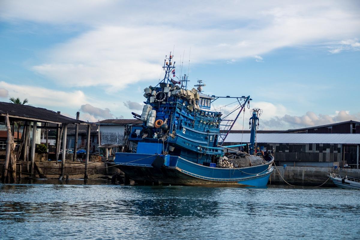 Barcos en Ranong