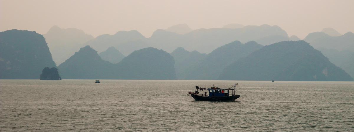 La silueta de Halong Bay
