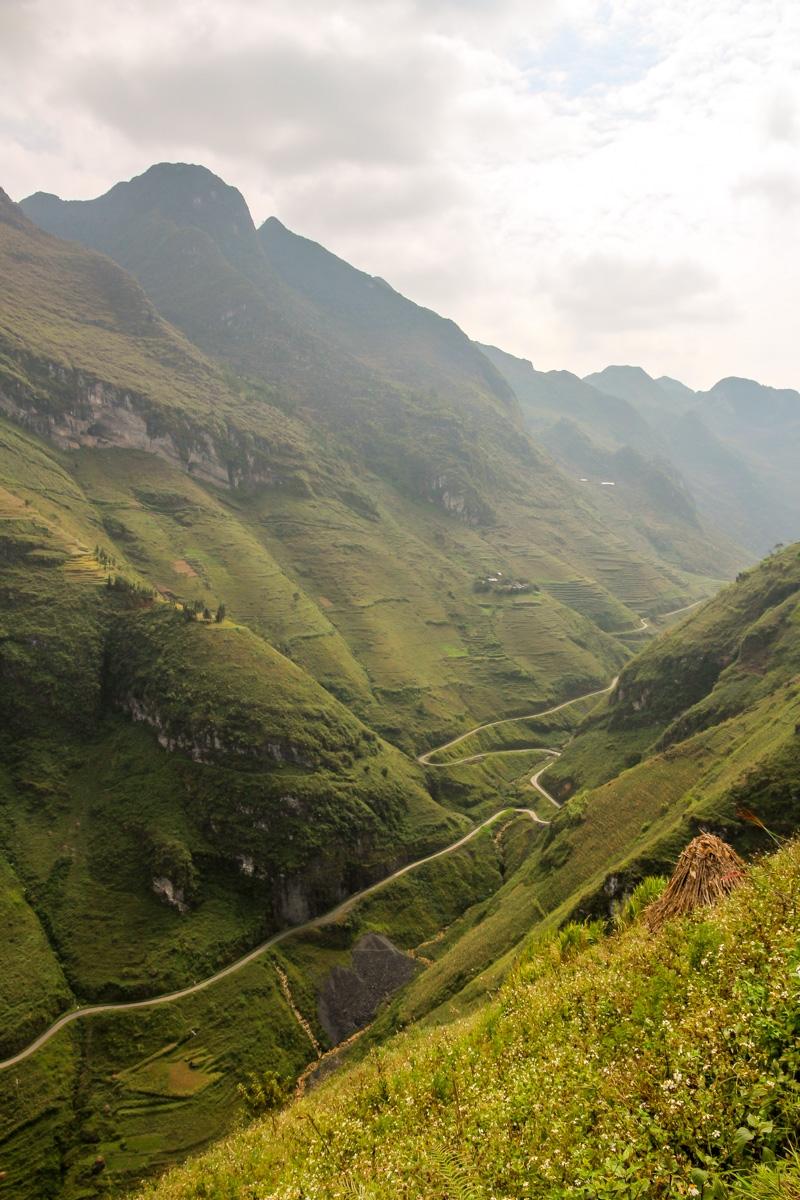 Valle atravesado por la carretera, Loop QL34 road