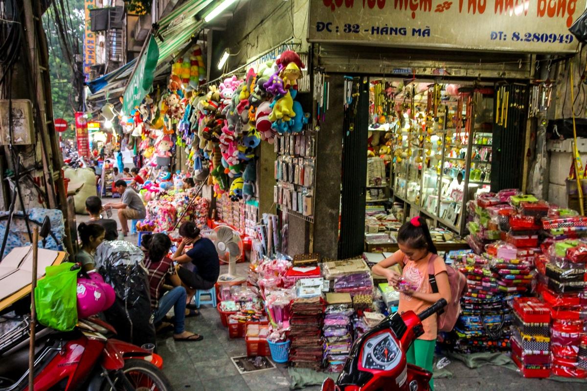 Para esto sirven las aceras. Hanoi