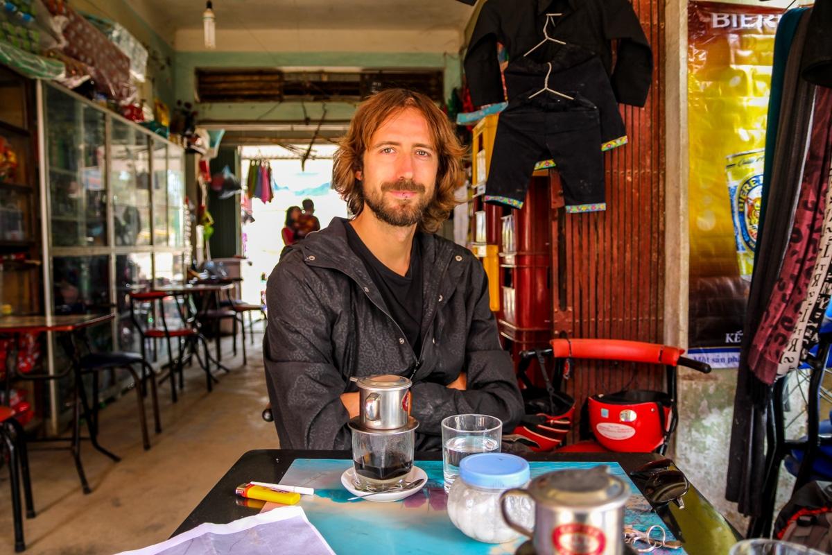 Parada para el típico café vietnamita
