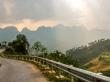rayos de luz iluminan el paisaje - Loop QL34 road