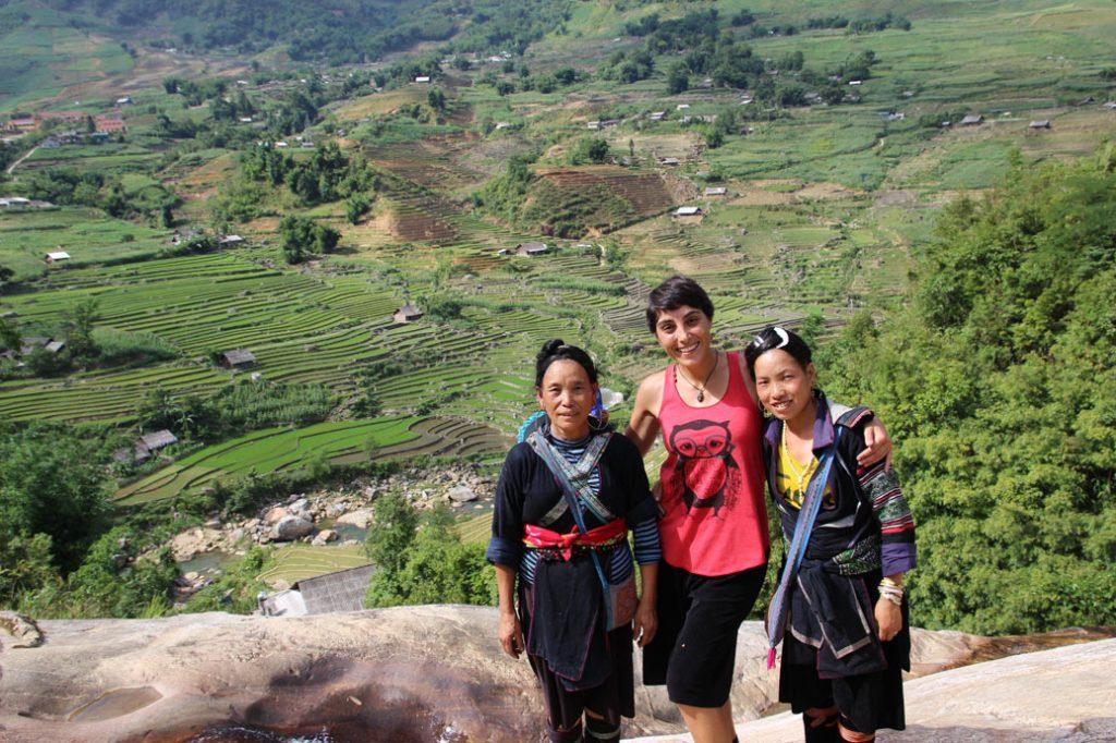Vero con Lala, de trekking alrededor de Sapa